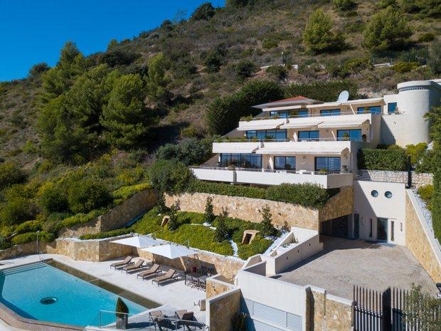 Villa in Èze, Provence-Alpes-Côte d'Azur, France 1