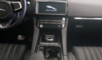 2019 Jaguar F-PACE 30t Portfolio AWD