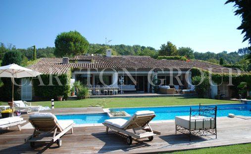 Villa in Châteauneuf, Provence-Alpes-Côte d'Azur, France