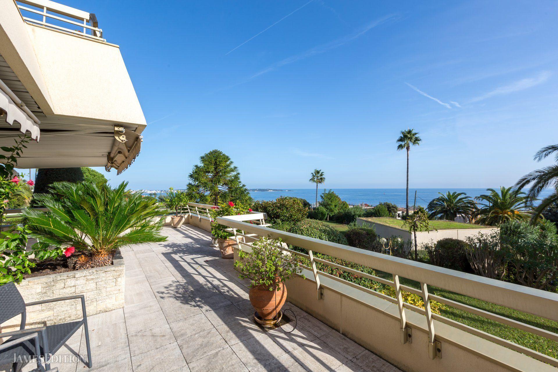 Apartment in Vallauris, Provence-Alpes-Côte d'Azur, France 1 - 10956845
