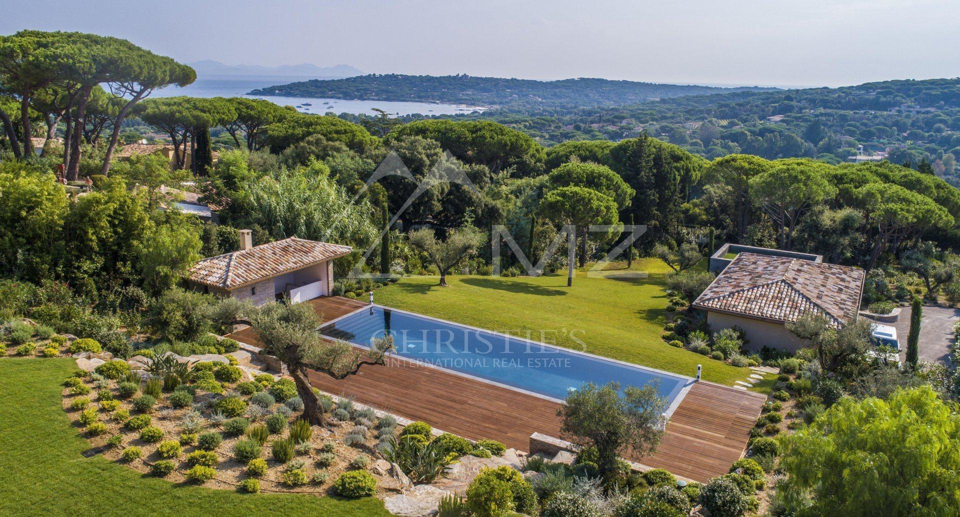 Villa in Saint-Tropez, Provence-Alpes-Côte d'Azur, France 1 - 10931285