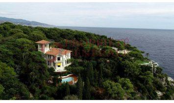 House in Nice, Provence-Alpes-Côte d'Azur, France 1