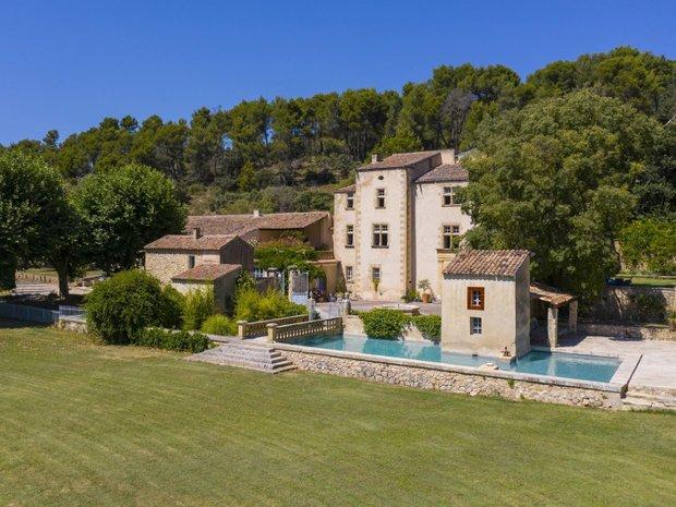 Chateau in Aix-en-Provence, Provence-Alpes-Côte d'Azur, France 1