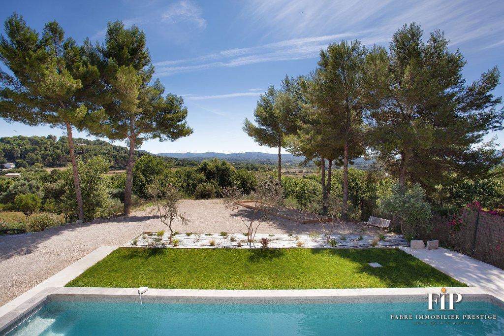House in Pertuis, Provence-Alpes-Côte d'Azur, France 1