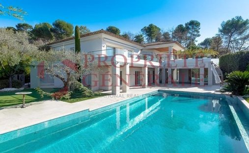 House in Mougins, Provence-Alpes-Côte d'Azur, France