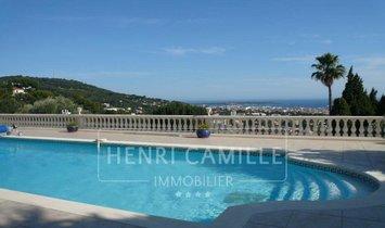 Villa in Le Cannet, Provence-Alpes-Côte d'Azur, France 1