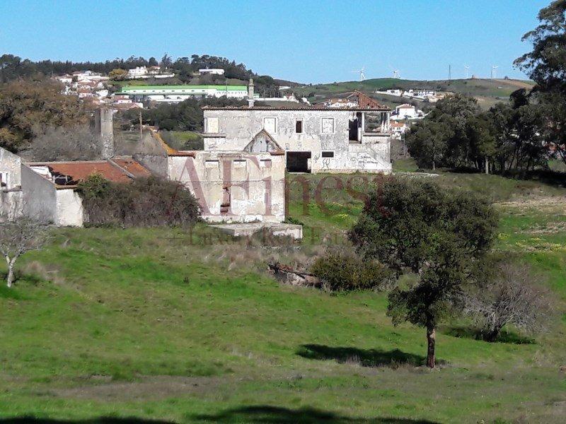 Farm Ranch in Santo Estevão das Galés, Lisboa, Portugal 1