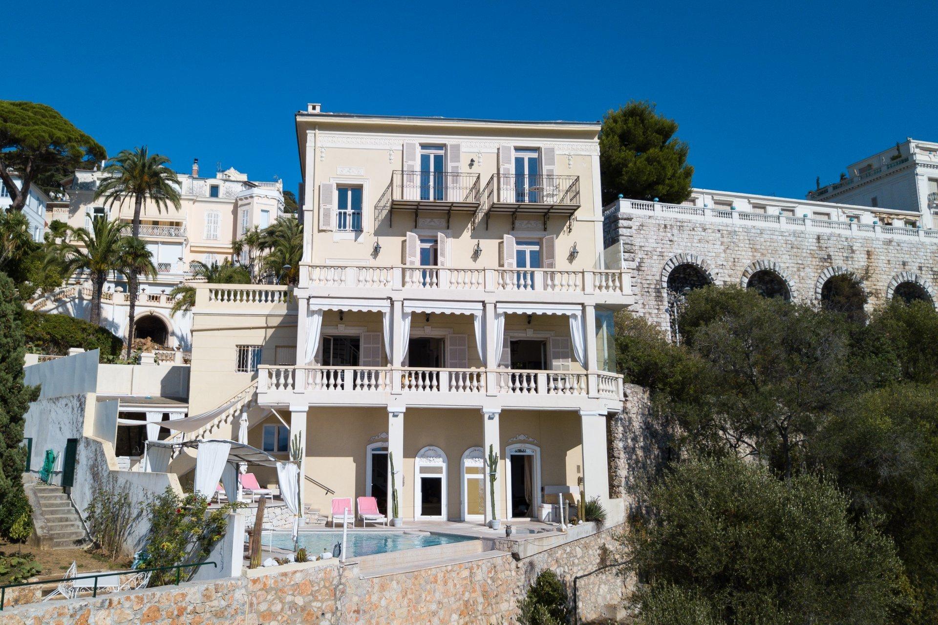 Villa in Nice, Provence-Alpes-Côte d'Azur, France 1 - 10763010