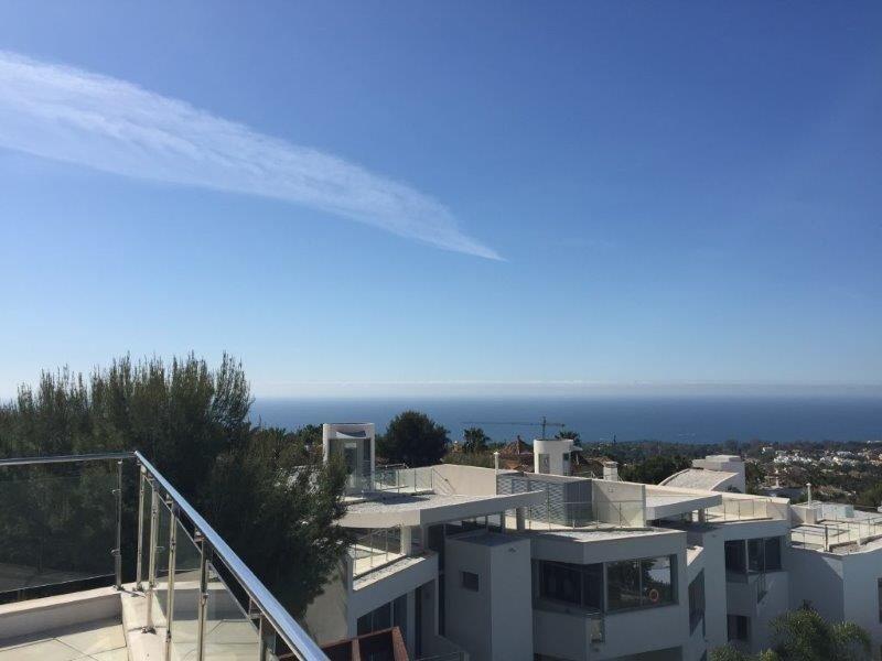 Villa in Marbella, Andalusia, Spain 1 - 10940656