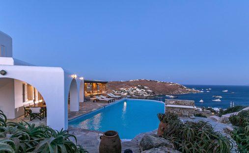 House in Agios Ioannis Diakoftis, Greece
