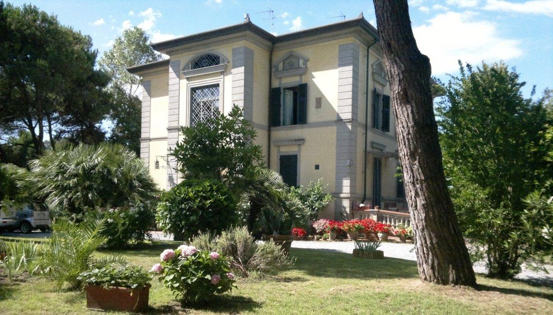 House in Forte dei Marmi, Tuscany, Italy 1