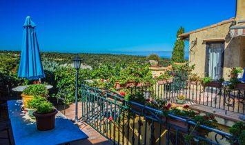 House in Venasque, Provence-Alpes-Côte d'Azur, France 1