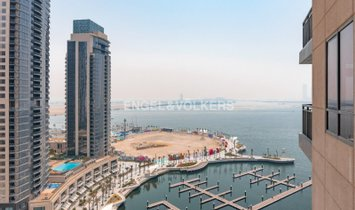 Apartment in Ras Al Khor, Dubai, United Arab Emirates 1