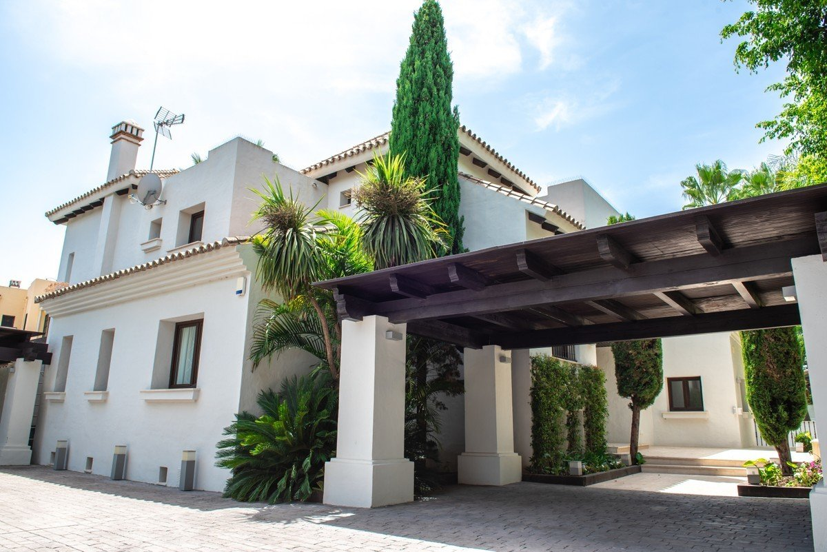 House in Puerto Banús, Andalusia, Spain 1