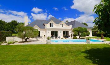 House in Saint-André-des-Eaux, Pays de la Loire, France 1