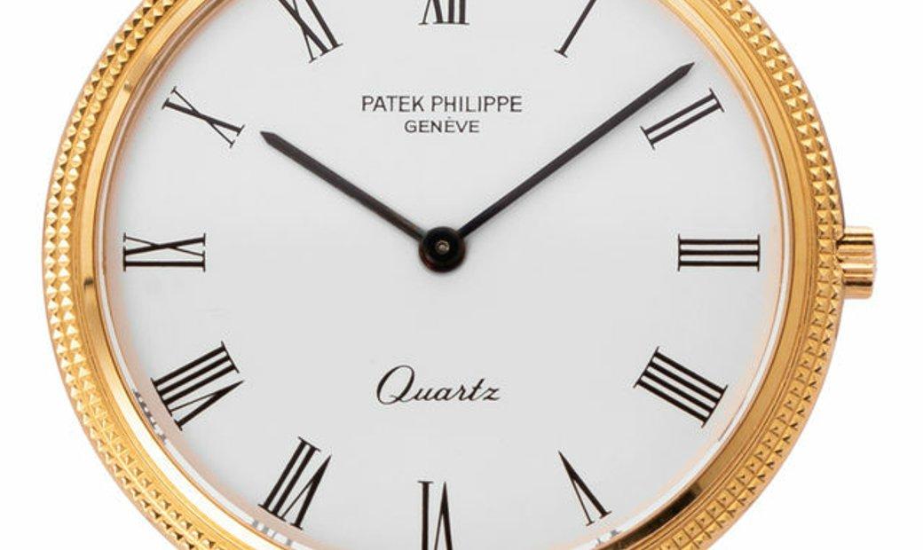 Patek Philippe Calatrava 3744/001, Roman Numerals, 1982, Very Good, Case material Yello