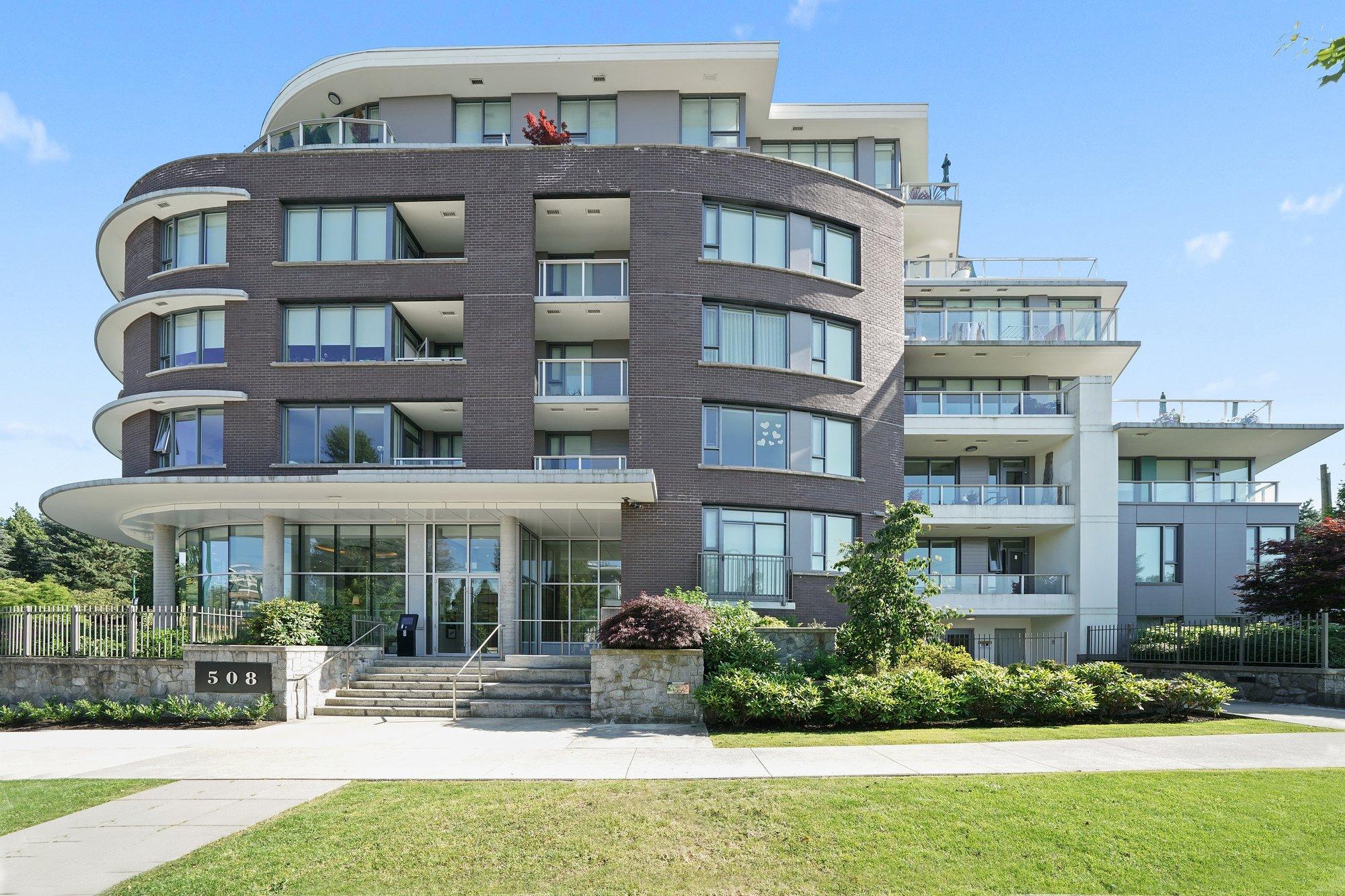 Condo in Vancouver, British Columbia, Canada 1