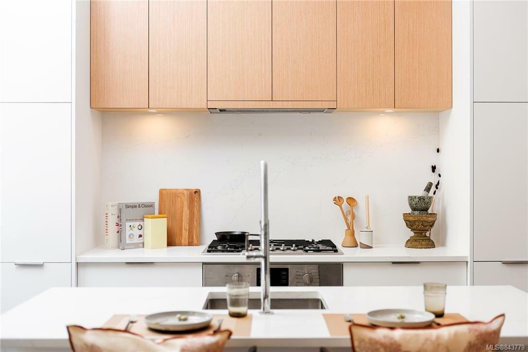 Apartment in Victoria, British Columbia, Canada 1 - 11063783