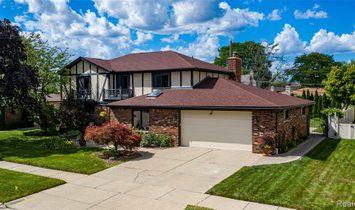 Maison à Dearborn Heights, Michigan, États-Unis 1