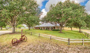 Haus in Floresville, Texas, Vereinigte Staaten 1