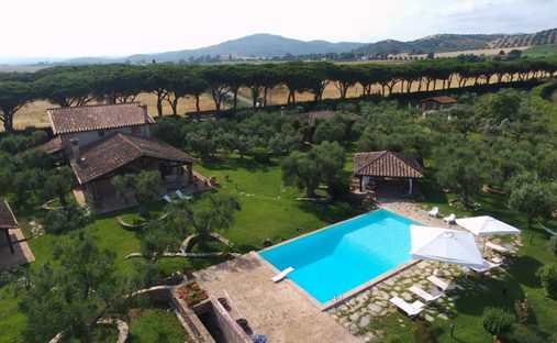 Country House in Tuscany, Italy