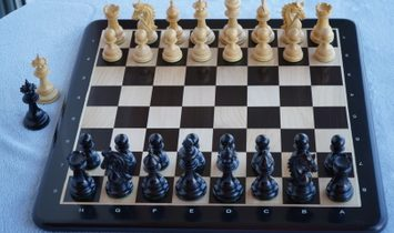 """The G-Class Luxury Chess Set, highly weighted , King Size 4,3"""" / Ebony & Maple wood Board size 21"""""""