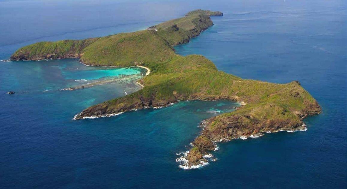Land in Quatre, Grenadines, Saint Vincent and the Grenadines 1