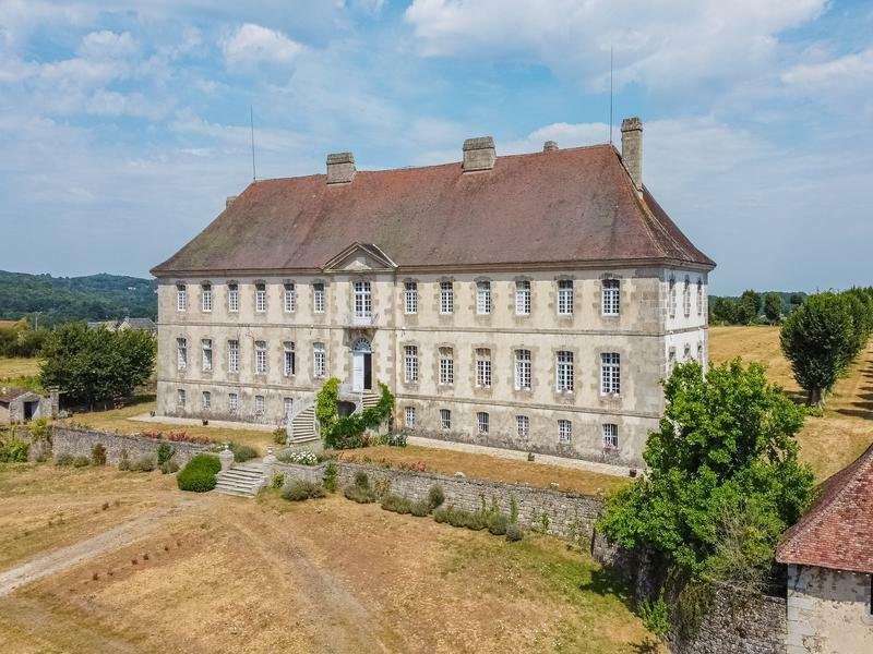 Chateau in Sainte-Feyre, Nouvelle-Aquitaine, France 1