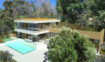Land in Cannes, Provence-Alpes-Côte d'Azur, France 1
