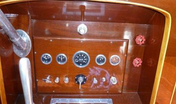 Custom Ditchburn Launch