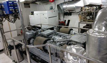 Custom 45M Trideck