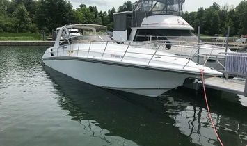 Fountain 38 Express Cruiser