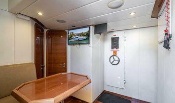 Azimut Flybridge