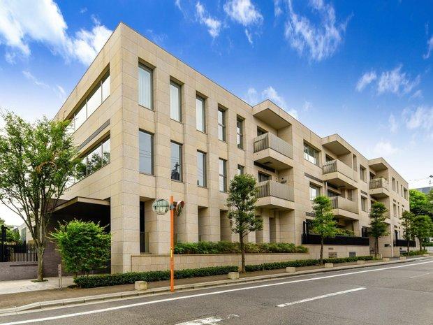 Apartment in 13, Tokyo, Japan 1
