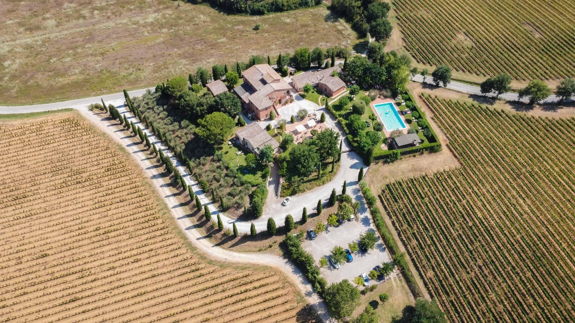 Farm Ranch in Tuscany, Italy 1 - 10702617
