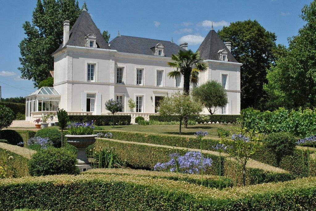Castle in Chalais, Nouvelle-Aquitaine, France 1