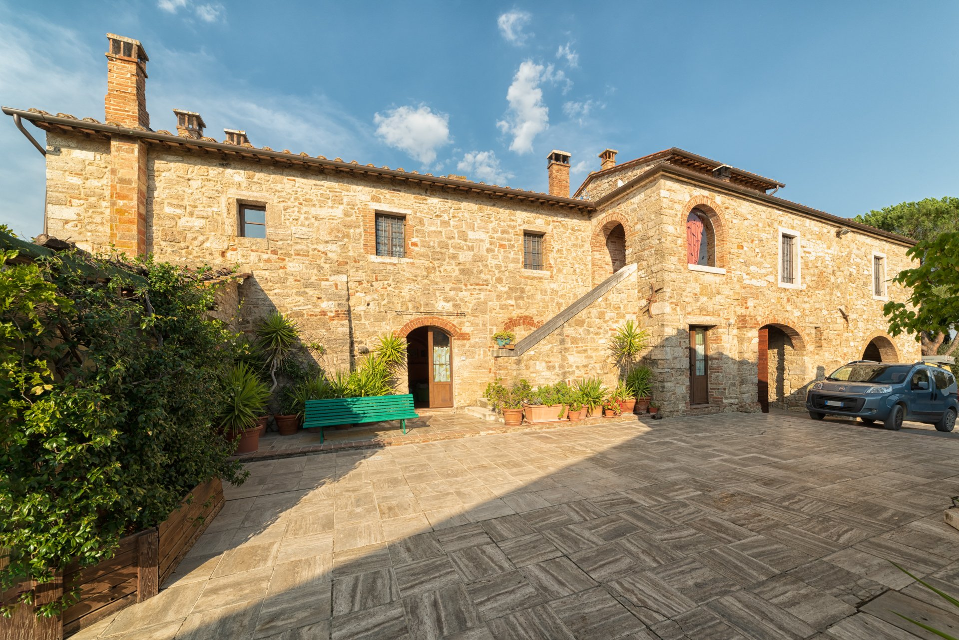 Country House in Asciano, Tuscany, Italy 1