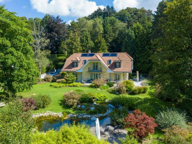 House in Jouxtens-Mézery, Vaud, Switzerland 1