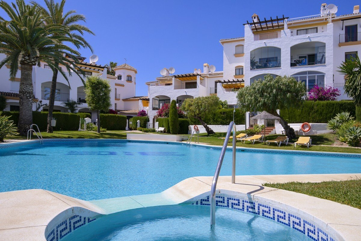Apartment in Nueva Andalucía, Andalusia, Spain 1