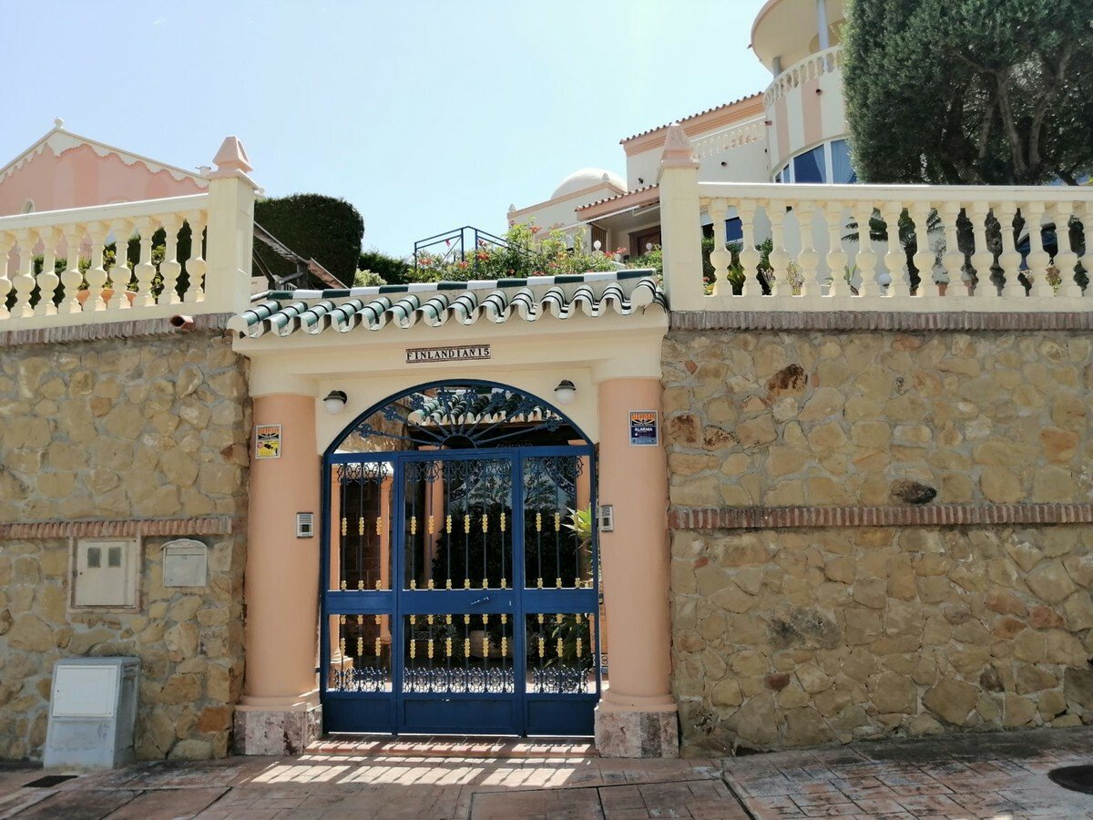Villa in Benalmádena, Andalusia, Spain 1 - 11084039
