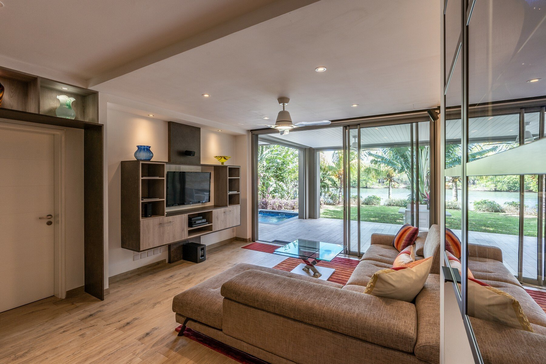 Apartment in Black River, Rivière Noire District, Mauritius 1