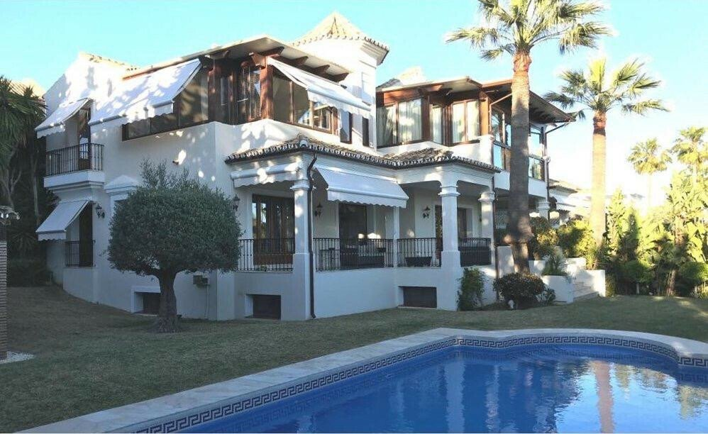 Haus in Marbella, Andalusien, Spanien 1