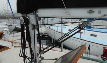 C & L Electric Sloop