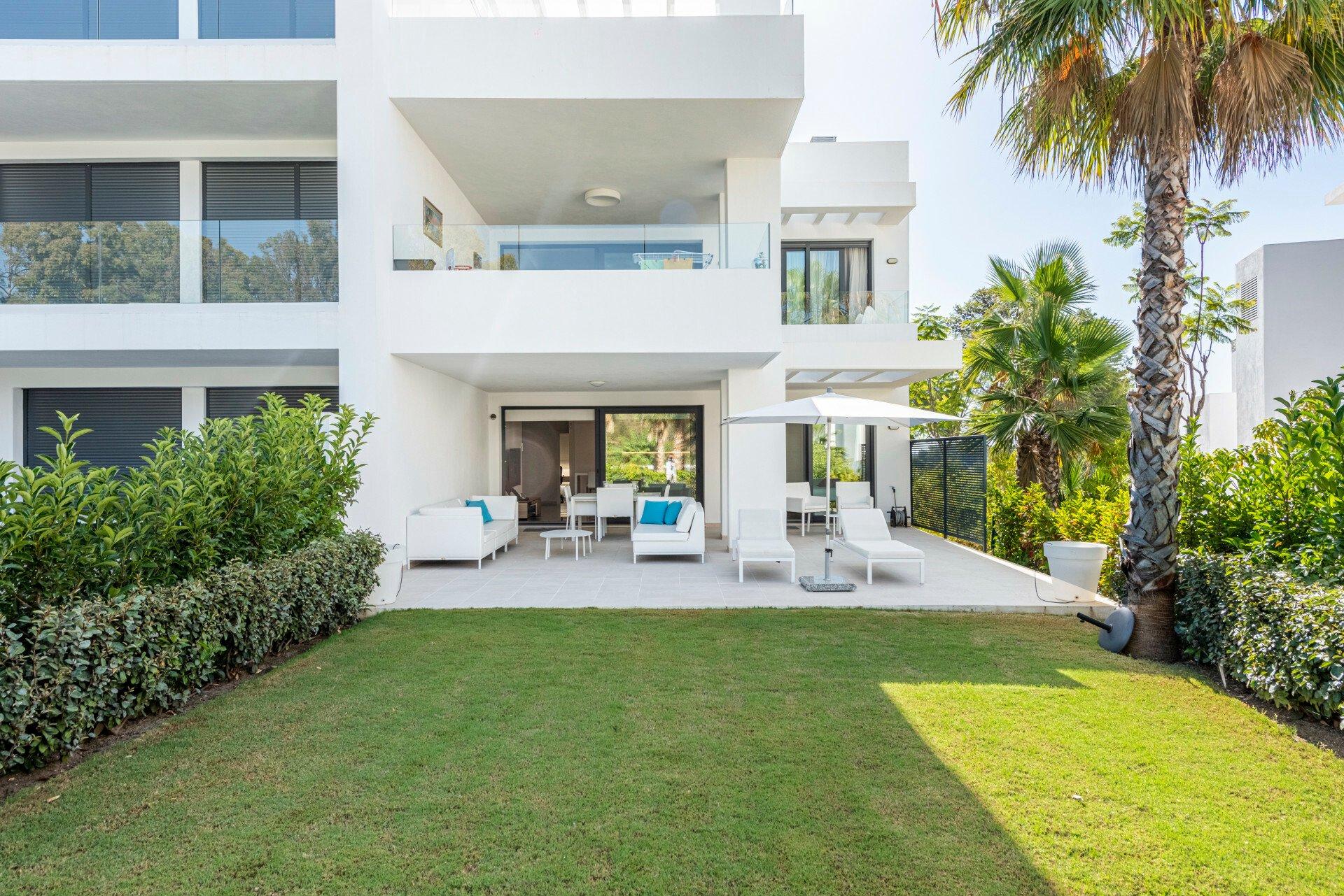 Apartment in Estepona, Andalusia, Spain 1 - 11058733