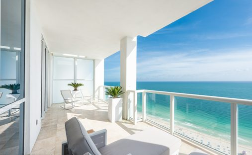 Condo in Miami Beach, Florida, United States