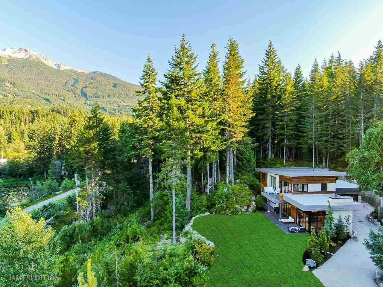 House in British Columbia, Canada 1