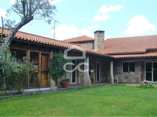 Villa in Chaves, Vila Real District, Portugal 1