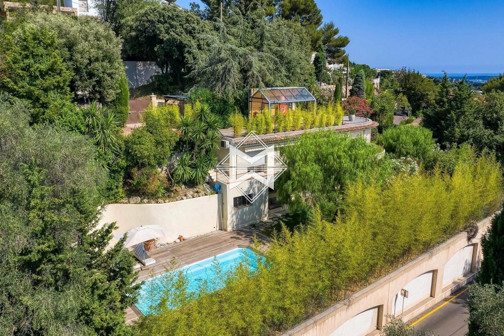 Villa in Cannes, Provence-Alpes-Côte d'Azur, France 1 - 11091659