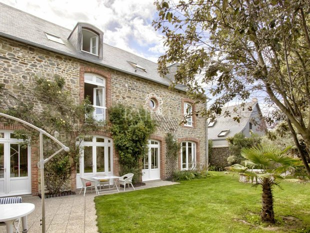House in Mézeray, Pays de la Loire, France 1