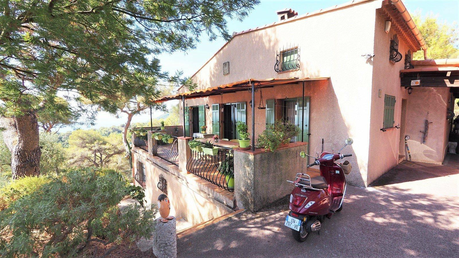Villa in Beausoleil, Provence-Alpes-Côte d'Azur, France 1